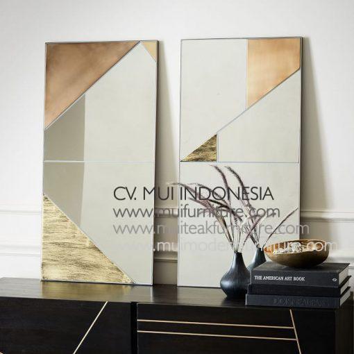 Invinity Mirror